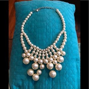LARGE PEARL STATEMENT PIECE!